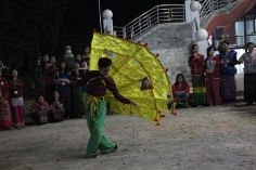 Shan dance performance