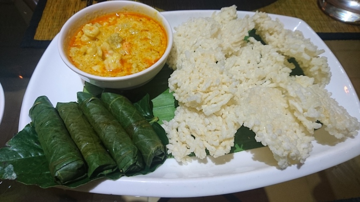 Crispy rice cakes with curry and Cambodian-style Tolma!